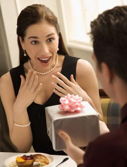 Dating Tips for Guys - Giving Gifts